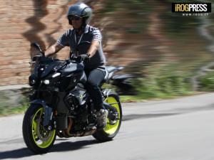 Yamaha MT-10 ABS - Test-Driver: Gori Claudio, Collaborazione e Foto: Gori Nicholas - www.irog.it - © Diritti Riservati